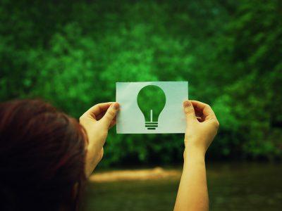 紙の使用が環境破壊につながる? ○か×、ドッチデスカ~!?